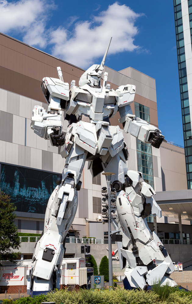 Photograph of the Odaiba Gundam